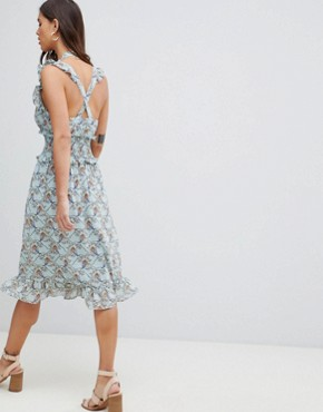 photo Floral Ruffle Dress with Cut Out Shoulder Detail by Vila, color Plein Air - Image 2