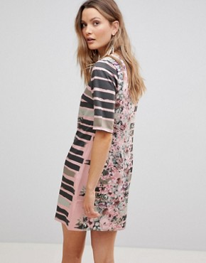 photo Linear Shift Dress with Floral Print by Lavand, color Multi - Image 2