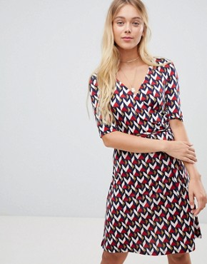 photo Printed Midi Dress with 3/4 Sleeve by Gilli, color Red - Image 1