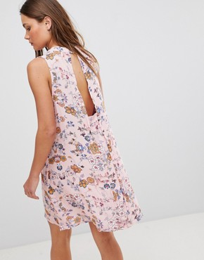 photo Sleeveless Floral Dress with Front Lace Up Strings & Back Keyhole by En Creme, color Pink - Image 2