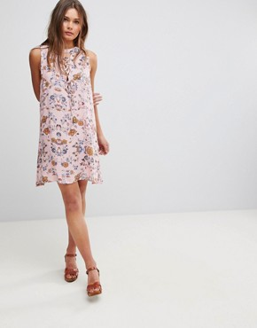 photo Sleeveless Floral Dress with Front Lace Up Strings & Back Keyhole by En Creme, color Pink - Image 4