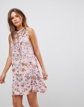 photo Sleeveless Floral Dress with Front Lace Up Strings & Back Keyhole by En Creme, color Pink - Image 1