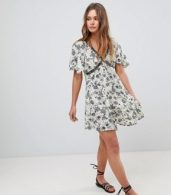photo V-Neck Dress with Front Beading by En Creme, color Light Grey - Image 4