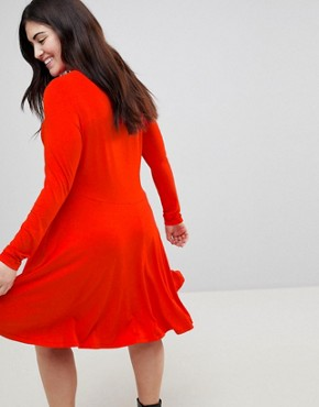 photo Midi Swing Dress with Asymmetric Hem by ASOS CURVE, color Red - Image 2