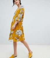 photo Printed V-Neck Dress by Ichi, color Golden Yellow - Image 4