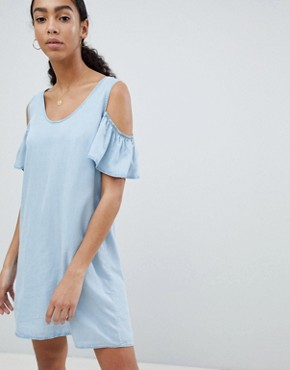 photo Cold Shoulder Denim Shift Dress by Noisy May, color Blue - Image 1