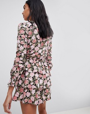 photo Tea Dress in Romantic Floral by Motel, color Multi - Image 2
