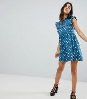 photo Sleeveless Tea Dress with Collar in Vintage Spot by Motel, color Blue Spot - Image 4