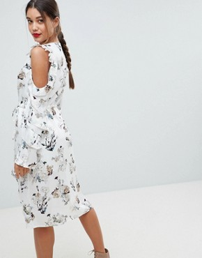 photo Floral Cold Shoulder Midi Dress by Missguided, color Floral - Image 2