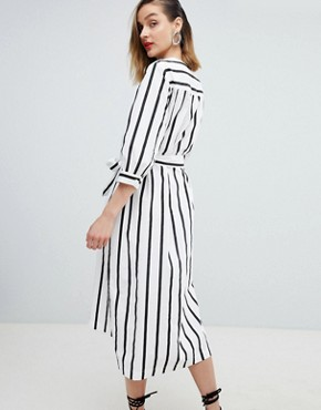 photo Femme Stripe Midi Dress with Tie Waist by Selected, color Multi - Image 2
