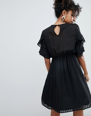 photo Pleated Embroidery Ruffle Dress by New Look, color Black - Image 2
