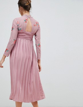 photo Embroidered Lace Top Midaxi Dress with Pleated Skirt by Little Mistress Maternity, color Mauve - Image 2