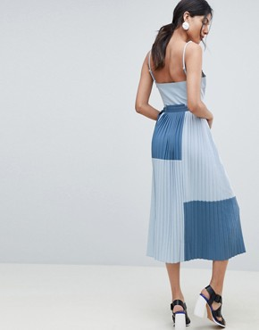 photo Minimal Pleated Cami Colourblock Dress by ASOS DESIGN Tall, color Blue - Image 2