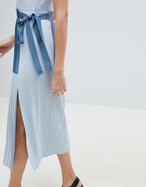 photo Minimal Pleated Cami Colourblock Dress by ASOS DESIGN Tall, color Blue - Image 3