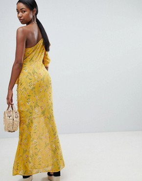 photo One Shoulder Floral Maxi Dress by PrettyLittleThing, color Yellow - Image 2