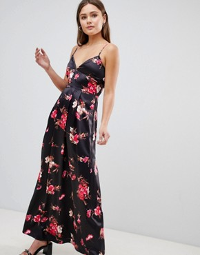 photo Floral Maxi Dress by Parisian, color Black - Image 1