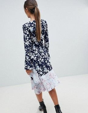 photo Mixed Floral Asymmetric Dress by Missguided, color Blue - Image 2