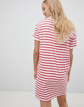 photo Stripe Logo T-Shirt Dress by Lee, color Bright Red - Image 2