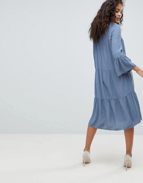 photo Tiered Dress by Y.A.S Tall, color Blue - Image 2