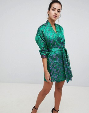 photo Floral Kimono Dress by PrettyLittleThing, color Green - Image 4