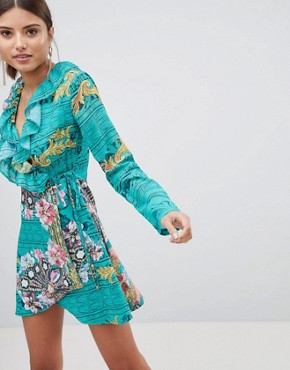 photo Printed Wrap Dress by PrettyLittleThing, color Green - Image 1