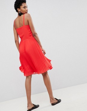 photo Pleated Cami Dress by Vero Moda Tall, color Red - Image 2