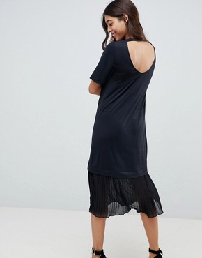 photo Midi T-Shirt Dress with Pleated Hem by ASOS DESIGN, color Black - Image 2