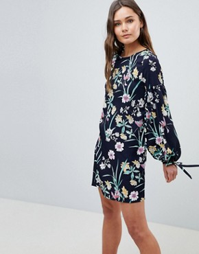 photo Floral Shift Dress with Tie Detail by QED London, color Navy - Image 1