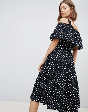 photo Spot Cold Shoulder Maxi Dress by Vero Moda, color Black Dots - Image 2