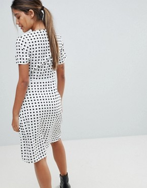 photo Polka Dot Midi Dress by Missguided, color White - Image 2
