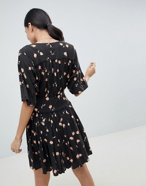 photo Ultimate Casual Mini Tea Dress in Washed Dark Floral Print by ASOS DESIGN Tall, color Multi - Image 2