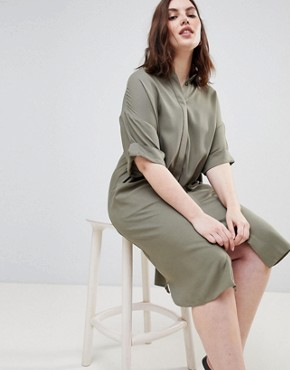 photo Short Sleeve Shirt Dress with Drape Pockets by ASOS DESIGN Curve, color Khaki - Image 4