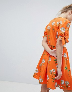 photo Tea Dress with Tie Sleeves in Daisy Print by Wednesday's Girl, color Orange Floral - Image 2
