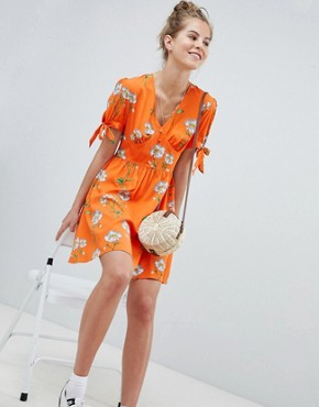 photo Tea Dress with Tie Sleeves in Daisy Print by Wednesday's Girl, color Orange Floral - Image 4