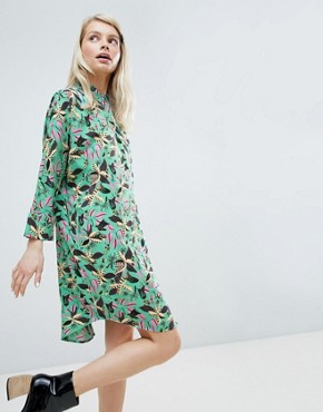 photo Floral Print Dress by Monki, color Green Floral - Image 1