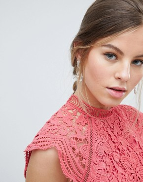 photo Scallop Lace Pencil Dress by Chi Chi London, color Pink - Image 3