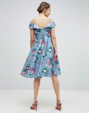 photo Printed Midi Dress with Cold Shoulder Detail by Chi Chi London Maternity, color Multi - Image 2