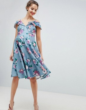 photo Printed Midi Dress with Cold Shoulder Detail by Chi Chi London Maternity, color Multi - Image 1