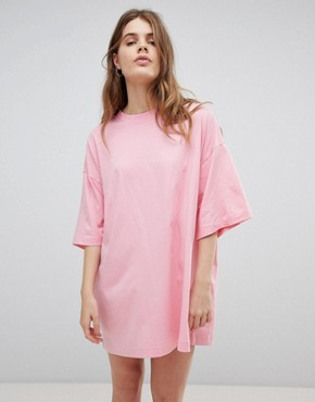 photo Huge T-Shirt Dress by Weekday, color Pink - Image 1