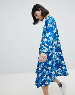 photo Trapeze Dress in Floral Print by Weekday, color Blue With Print - Image 2