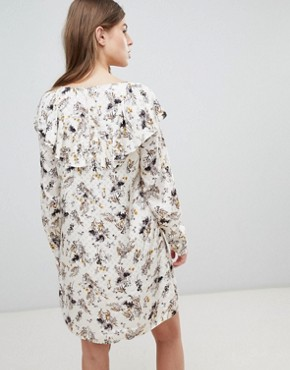 photo Printed Shift Dress by Vila, color Cloud Dancer - Image 2