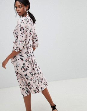 photo Floral Print Wrap Midi Dress by Liquorish, color Pink - Image 2