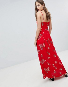 photo Floral Cami Maxi Dress by Parisian Tall, color Red - Image 2
