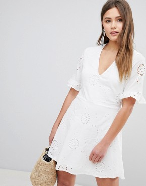photo Broderies Skater Dress with Frill Sleeve by Parisian, color White - Image 1