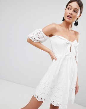 photo Off Shoulder Broderie Dress with Bow by Parisian, color White - Image 1