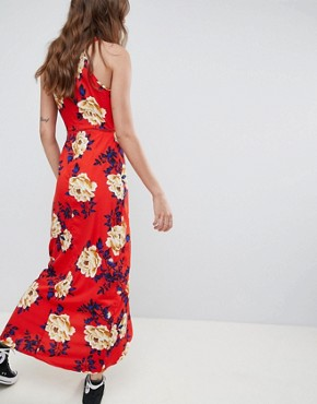 photo Floral Cami Maxi Dress by Influence, color Red - Image 2