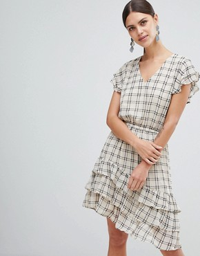 photo Sachecky Skater Dress by Y.A.S, color Cream Check - Image 1