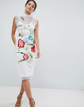 photo Floral Embroidery Midi Dress by Hope & Ivy, color White - Image 1