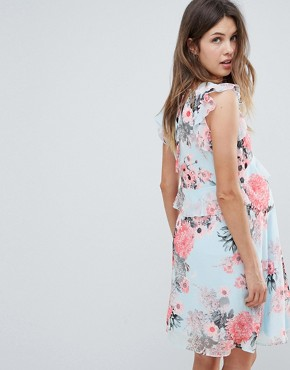 photo Floral Tea Dress by Mama.licious, color Multi - Image 2