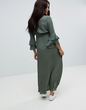 photo Woven Maxi Dress with Tiered Sleeve by Mama.licious, color Green - Image 2